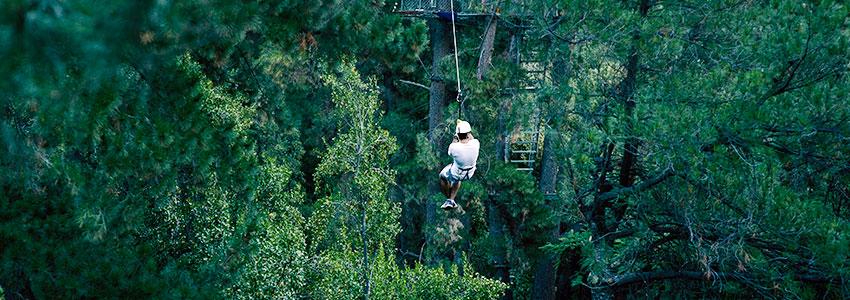 Lanzarse por un cable entre una orilla y otra del río Maipo mientras atravesamos un bosque de pinos y eucaliptos es una de las actividades más excitantes ... & Canopy / Tirolesa u2013 Cascada de Las Ánimas u2013 Alojamiento y ...